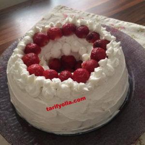 sürpriz pasta